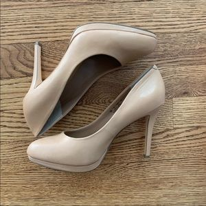 Bleeker & Bond nude platform pumps - Celeste - 7